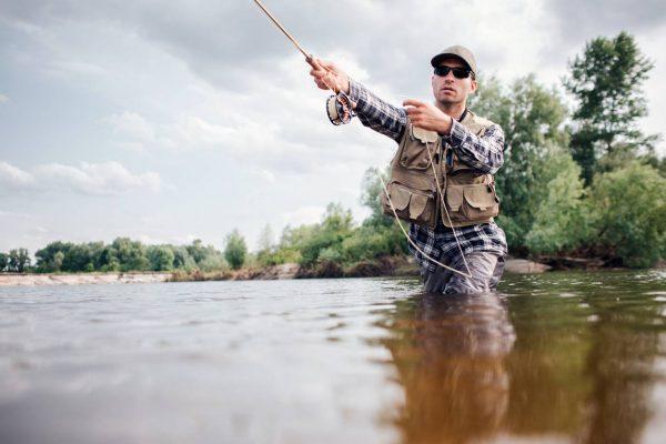 media pêche en été comment se vêtir